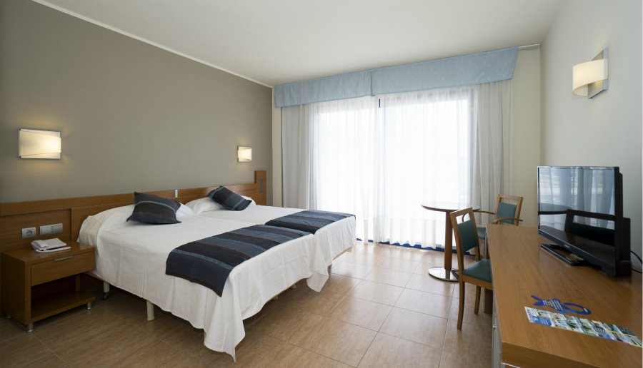 Adapted room Hotel Piramide Salou